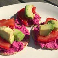 Beetroot Hummus Snacks